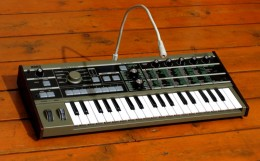 Imitate a hardware vocoder with free vocoder software.