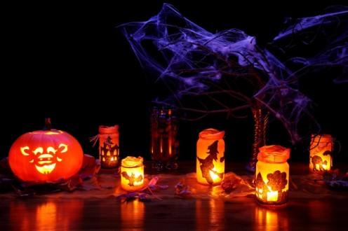 Dark Halloween decorations
