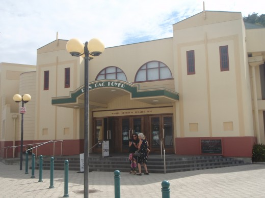 art deco architecture is a feature in Napier