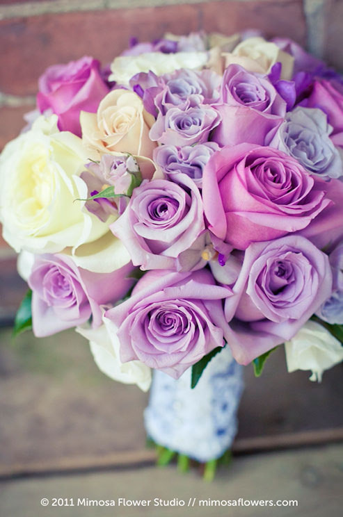 Look for non-traditional bouquet ideas to accommodate your ability