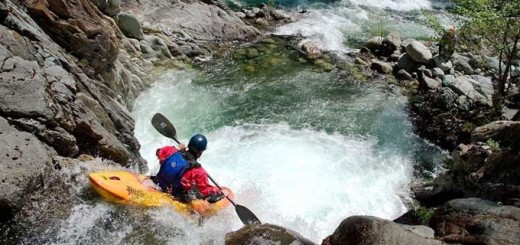 Kali Gandaki River is main attraction for travellers, who loves adventures river rafting.