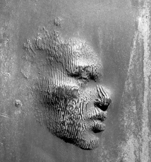 The face on the walls....!!