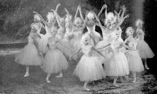 Snowflake Waltz in the White Forest (The Nutcracker Act I, Scene III) performed by The New York City Ballet in 1954.