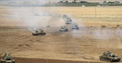Turkish tanks on the border