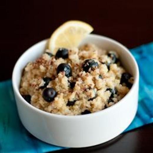 Blueberry Lemon Breakfast Quinoa