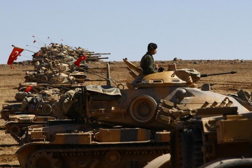 Turkish tanks at the Syrian border, October 8th, 2014.