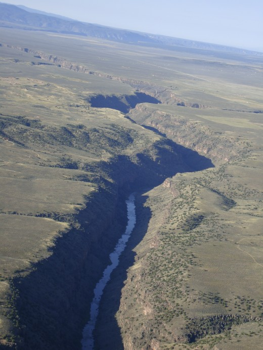 Example of how the Rio Grande can erode the borders and cut her own course.