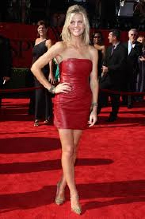 Brooklyn Decker on Red Carpet