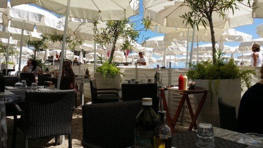 Nice restaurants near the beach area