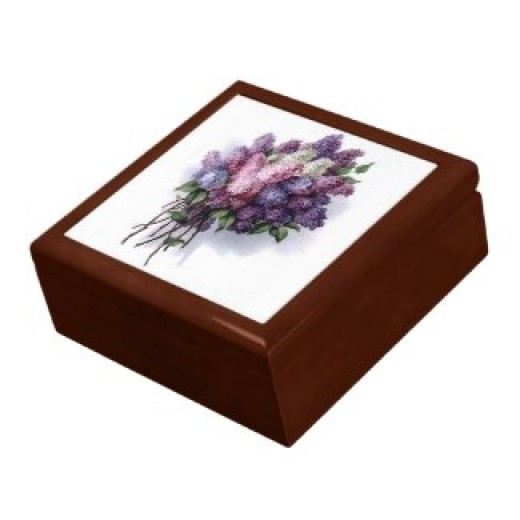 Keepsake jewelry box and other items available by clicking the source link
