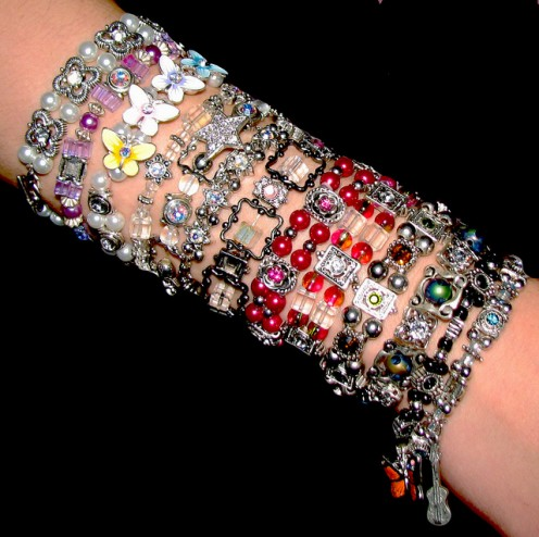 Find a teen bracelet to suit any outfit and personality.