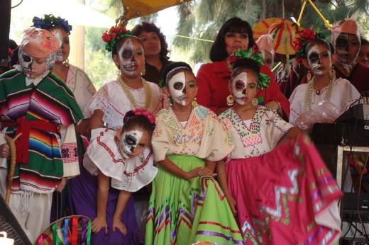 Día de los Muertos costumes