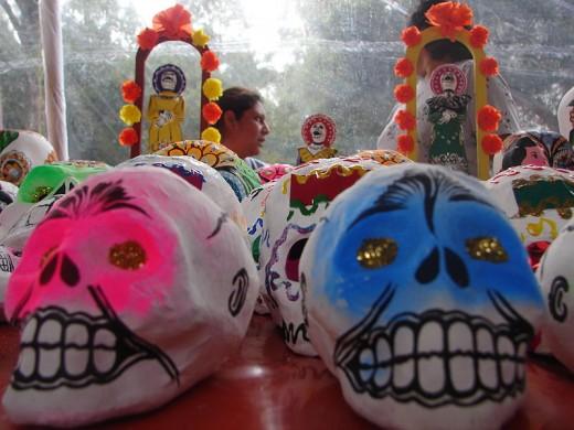 Día de los Muertos masks