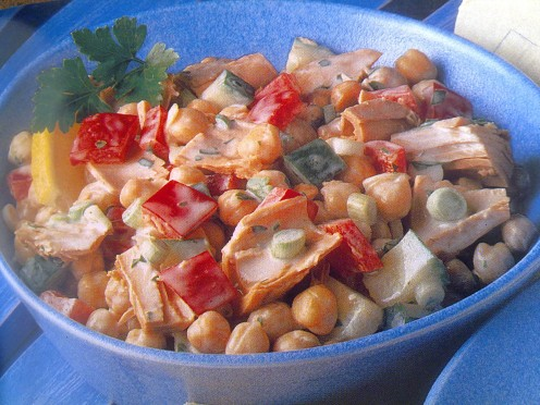 Chickpea salad, like the crunchy taste