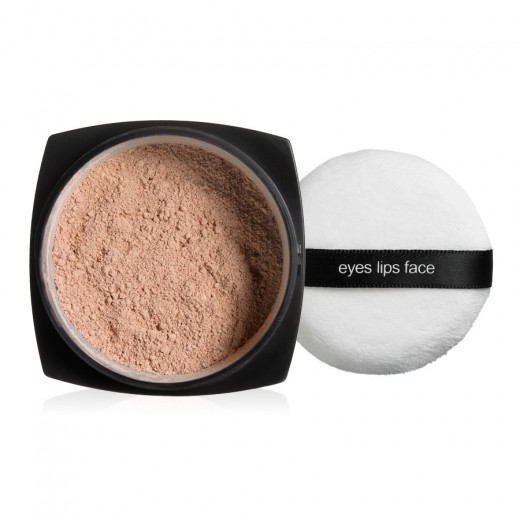 eyes.lips.face. Studio SPF 45 Sunscreen UVA/UVB Protection. The powder goes on sheer to work for all skin tones.