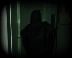 The Grim Reaper Robe and Its Many Halloween Costume Options