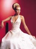 5 Sexy Wedding Dresses That Still Look Elegant