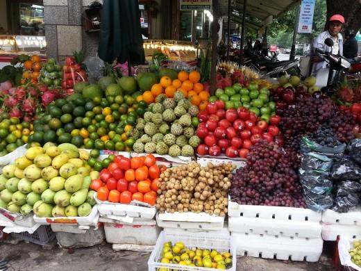 Tropical fruits at Han Market