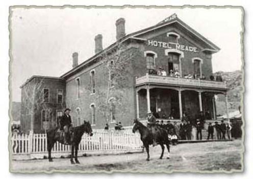 Hotel Meade