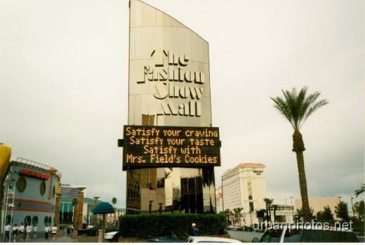 Fashion Show Mall Las Vegas, 1997