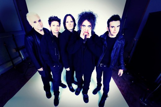 The Cure, a 1990s Goth band.