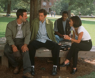 From left to right; Dewey Riley (David Arquette), Randy Meeks (Jamie Kennedy), Joel (Duane Martin) and Gale Weathers (Courtney Cox)