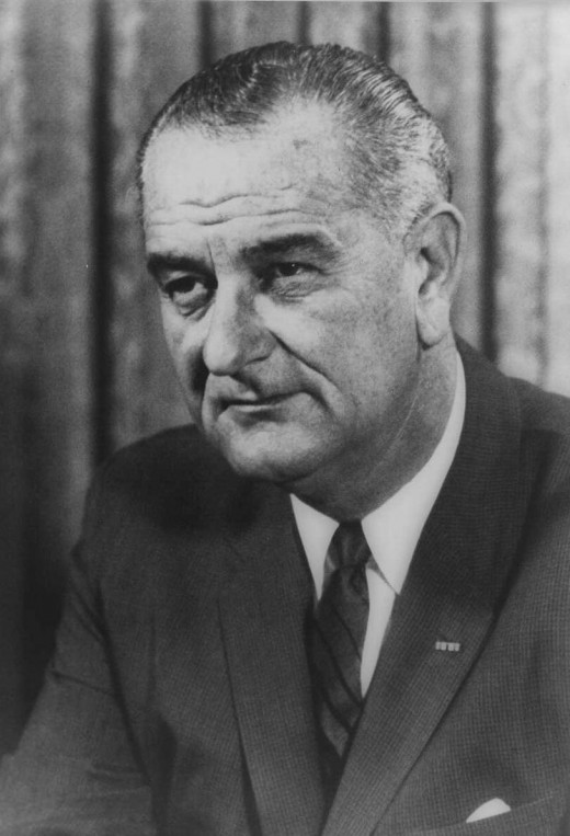 President Johnson's Great Society programs made the federal government more liberal.