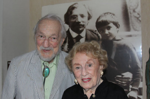Bel Kaufman with her husband, Sidney Gluck