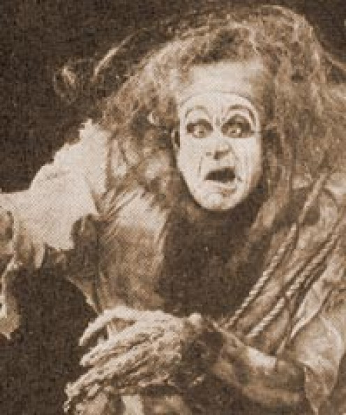 Charles Ogle In Frankenstein 1910. This early film version of the Creature was almost comic in appearance, especially when compared with the Universal Pictures' Monster below.
