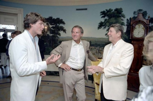 Christopher Reeve, right, speaking with President Ronald Reagan and Frank Gifford