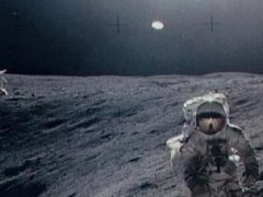 Astronauts See UFOs On Moon (page 4) - Pics about space