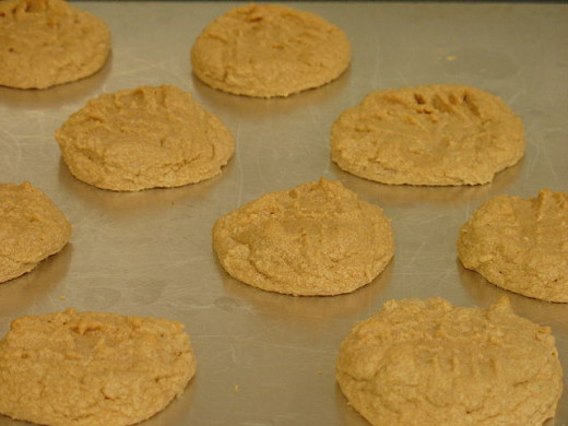 Check out these wonderfully delicious looking peanut butter cookies.