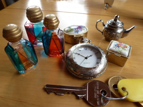 Murano Glass and other small items - the key in the foreground gives an idea of size.