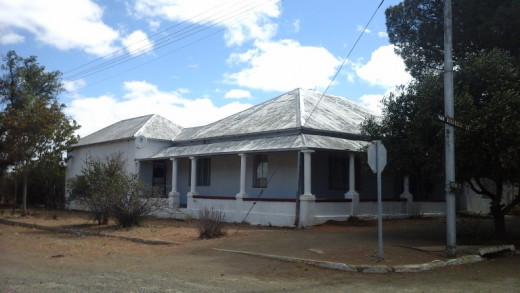 An old house in Springfontein, built many moons ago - most probably in the beginning of the 1900's.