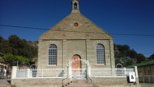 Reformed church, Colesberg. Read about the history of Reformed churches (the break away from Dutch Reformed) here - http://en.wikipedia.org/wiki/Reformed_Churches_in_South_Africa