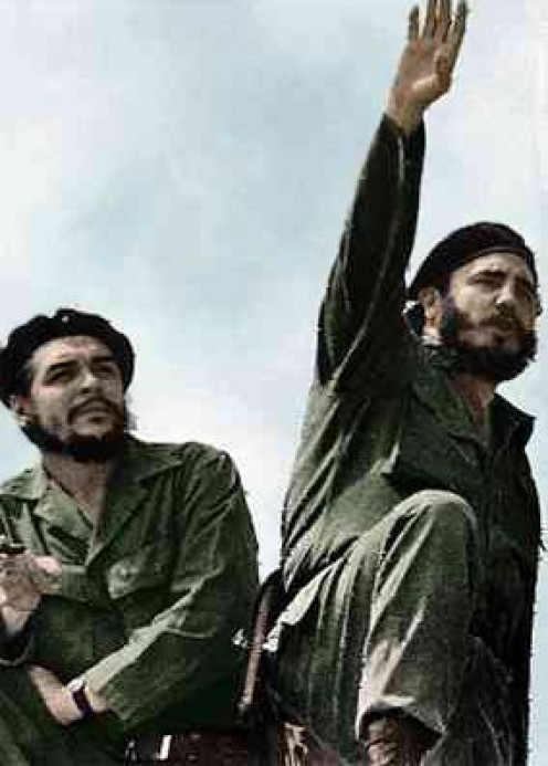Fidel Castro (right) and Che Guevara