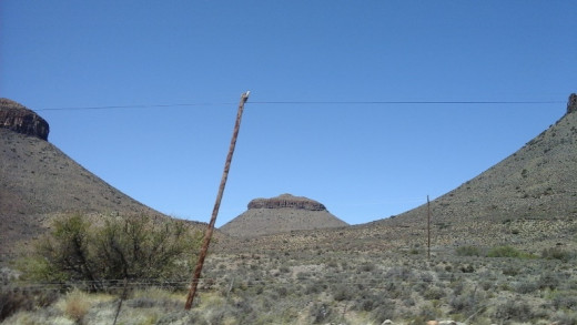 Great Karoo between Colesberg and Beaufort West - Sister Nr 3 at Three Sisters, South Africa