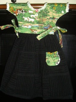 How to Sew a Decorative Oven-Door Dress: Free Pattern