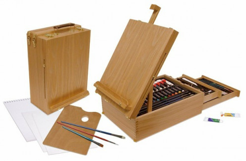 Items Included In The Royal & Langnickel 104-Piece All Media Easel Artist Set