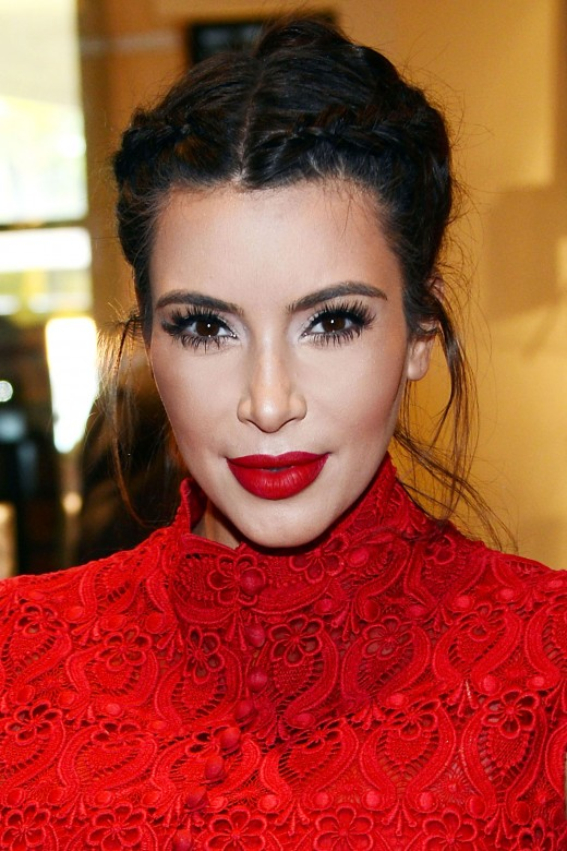 Kim's sense of style and fashion acumen is extensive, but is rarely commented upon except as a backhanded way to note her curvasious body