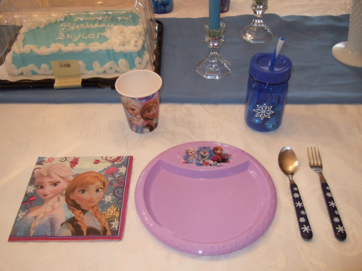 I switched out one of the regular Frozen dishes with another one. A purple one, that we only had one of, so we used it for the Birthday girl specifically.
