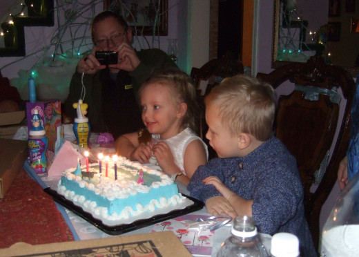 Time to blow out the candles... Make a wish!