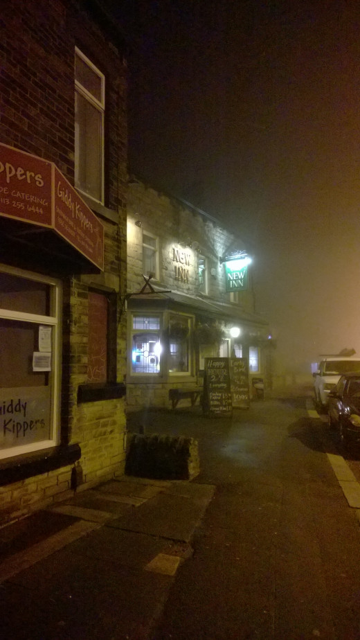 Sandwich Shop & Pub In The Fog 1520