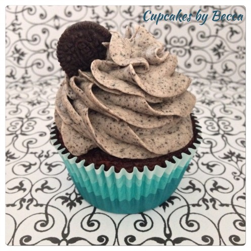 Beautifully Swirled Cookies n' Cream Cupcake