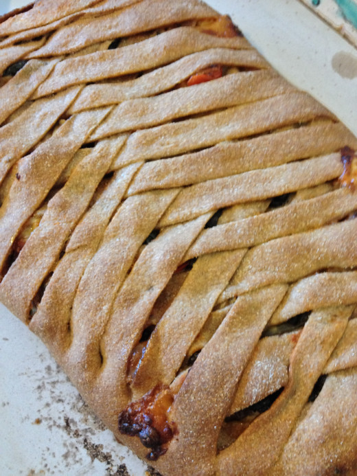 Braided veggie stolle, easy to make, dramatic to serve