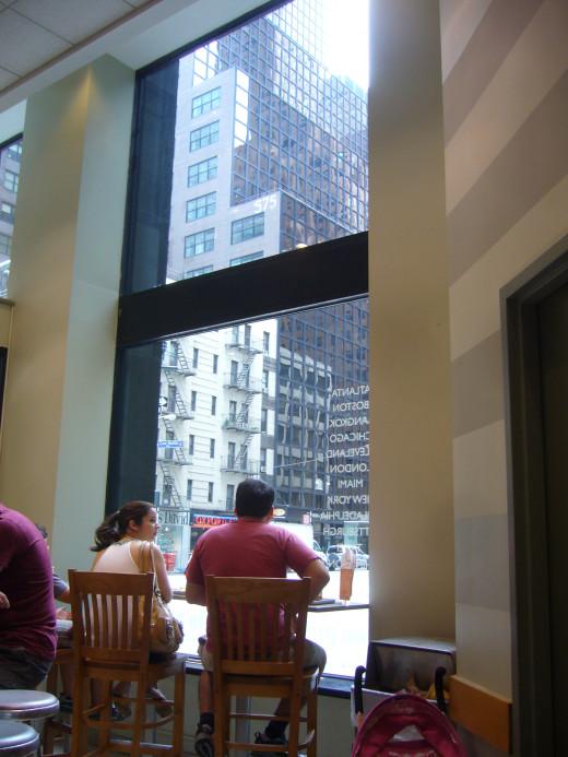 New York City, Watching Lexington Avenue