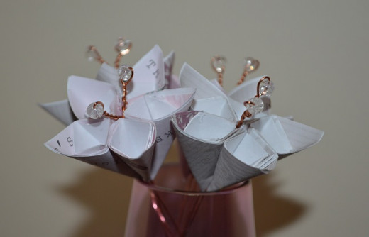 Up-cycled greeting cards make beautiful paper flowers