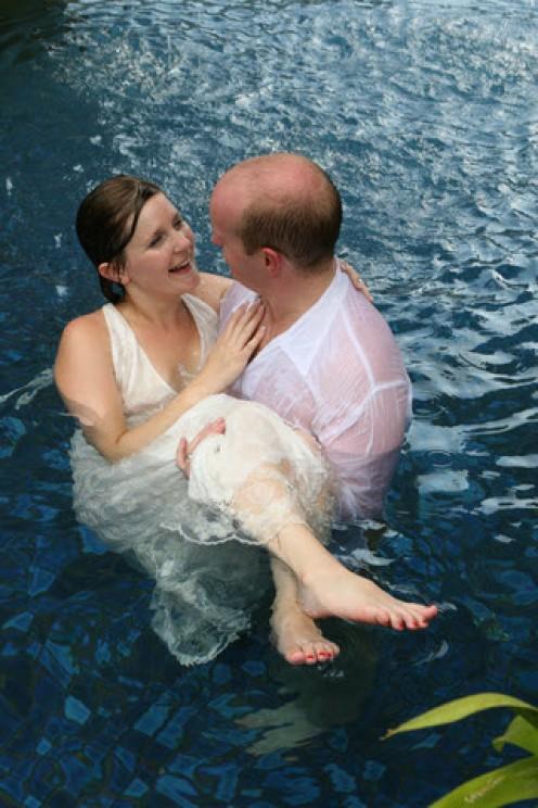 Beach Wedding Celebration In The Pool - A Cool Idea!
