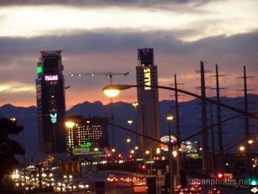Palms Las Vegas as seen from Las Vegas Blvd. in December 2006