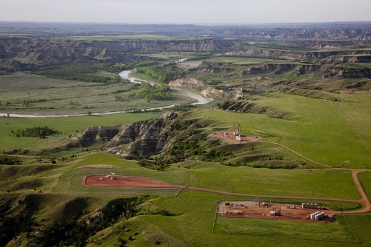 Theodore Roosevelt National Park and Little Missouri River.